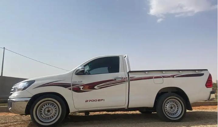 2019 لكزس LX 570 للبيعLexus LX570 2019 Gulf Model- Single Owner- 5.7L Petrol Engine- Vehicle Stability Control- Leather Seats- Rear Spoilerwhatsapp Own-  السيارة: تويوتا   هايلوكس...