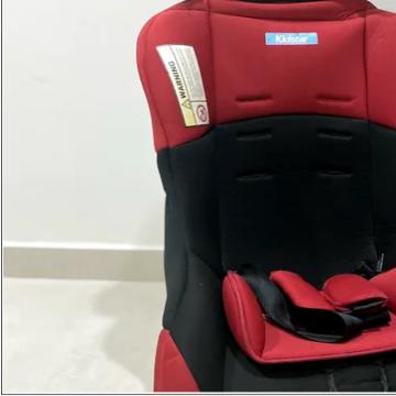 لوازم اطفال , - اعلن مجاناً في منصة وموقع عنكبوت للاعلانات المجانية المبوبة- - kids car seat ( matches all cars ) in perfect condition good as...