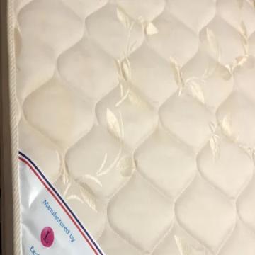 لوازم اطفال , - اعلن مجاناً في منصة وموقع عنكبوت للاعلانات المجانية المبوبة- - تحت اطفال بحاله ممتازه من بيبي شوي استعمال خفيف من بيبي شوب
