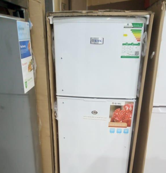 LG latest model fridge with 2doors up and down-  ثلاجة ايكون 6.4 قدم ب 750...