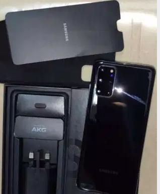 blackberry بلاك بيري-  Samsung S20 plus 5g...
