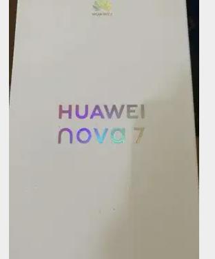 جهاز خارق النظافه مستعمل لفترة بسيطه-  Nova7 5G silver color,256...