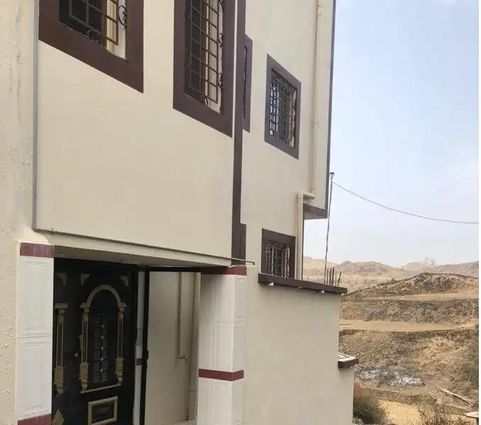 شقه للايجار في العين-  شقق ابها طريق السوده...