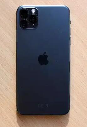 Apple iphone 11 pro iphone 11 pro maxApple iphone 11 pro - 550$Apple iphone 11 pro max - 599$Brand New original .Free shipping.+ Apple warranty support info: wh-  للبيع ايفون 11por max...