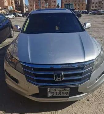 2019 Toyota Land Cruiser4D Sport Utility SUV$25000 -mohammadWhatsApp +1508 461-2437mm3560297@gmail.com-  Honda croostour 2010...