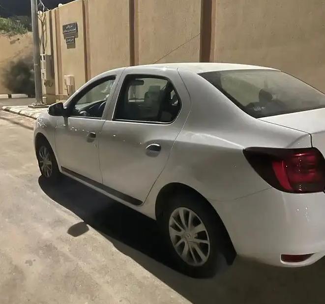 سياره بيجوه بحاله جيده-  رينو سمبول 2020 السيارة:...