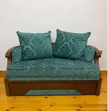 Furniture buyer in Dubai-  كنبه استوديو بتفتح سرير...
