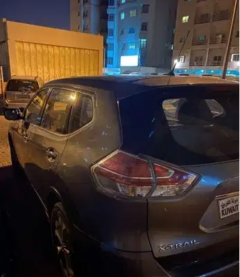 I am selling my neatly used 2017 Lexus lx 570, no accident and full option, expertly used, Gulf specification, The car is very efficient with low mileage. Inter-  سياره بحالة جيده