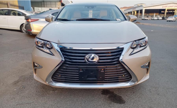 2017 Lexus LX 570Offer Price €21,000 / AED 86,000.. for info WhatsApp+0033751101829 2017 Lexus LX 570 4WD 8-Speed Automatic , Cruise Control , Navigation S-  اهلا وسهلا وحياكم الله...