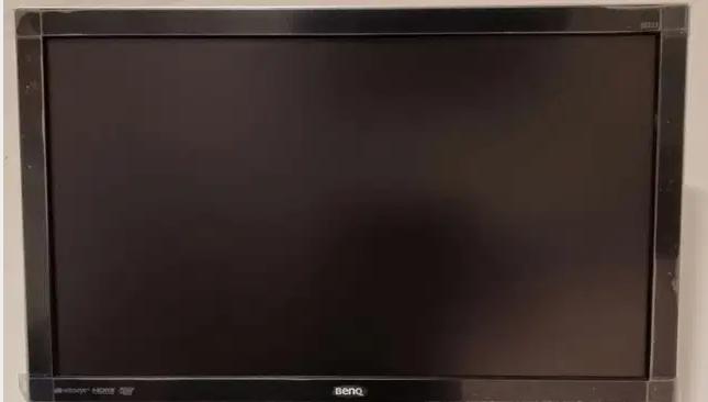 تلفزيون توشيبا 32 بوصه مستعمل مافيه اي عيب-  Excellent condition, 1080...